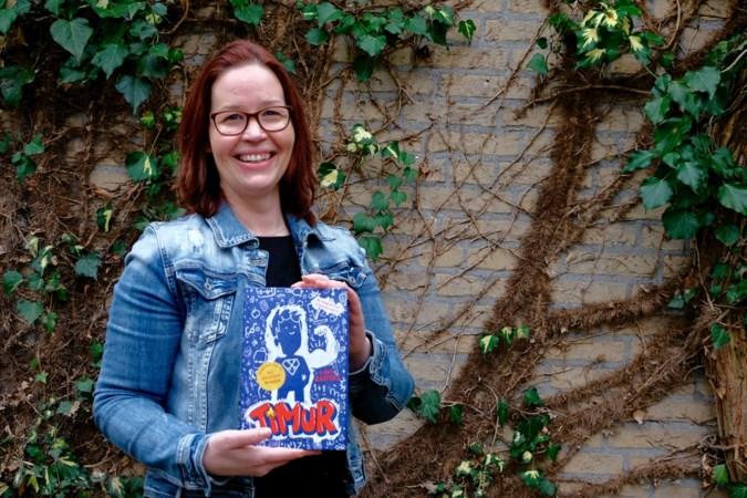 Gaby Rasters uit Weert maakt met 'Timur' kans op prijs voor debuterende kinderboekenschrijvers