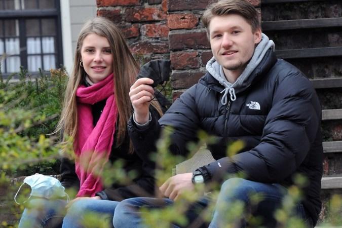 Studenten Jesse en Eef met online challenge in actie tegen dodelijke kinderziekte