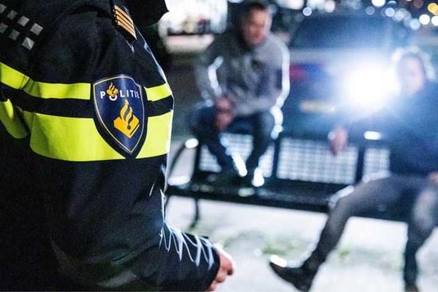 Politie: snel avondklok om feestjes komende dagen te voorkomen