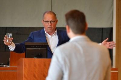 Enquête Koopmans: 'Provincie hoorde getuige om zoekgeraakte e-mails te vinden'