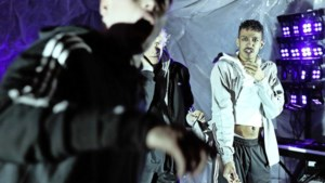 Acteur Jesse Mensah in live-stream van theaterhit: 'Ik zat als kind geen minuut stil'
