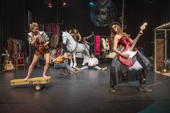 Met de powerrrrr van Pippi zeilen Limburgse theatermakers het nieuwe jaar in