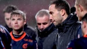 Effent Ultee het pad voor trainers zonder voetbalverleden? 'Ik noemde hem vijf jaar geleden al een toptrainer in spe'