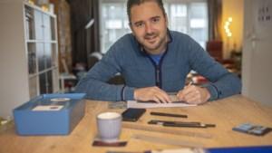 Heerlense illustrator Dennis Geurts hangt de toerist uit in zijn eigen stad