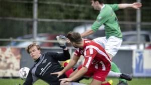 Oud-prof Chris Burhenne verlengt contract bij Minor met één seizoen