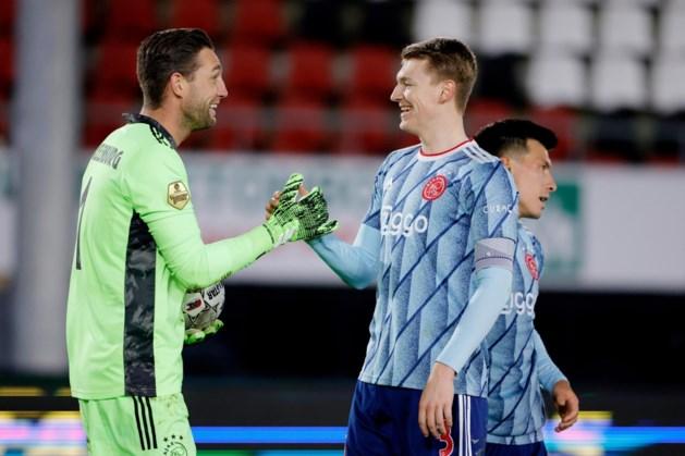 Perr Schuurs met Ajax tegen zijn oude club