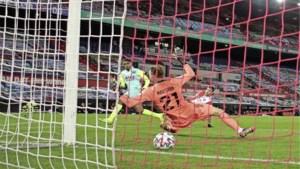 Rollen omgedraaid na topper; Feyenoord-coach Advocaat geniet van AZ