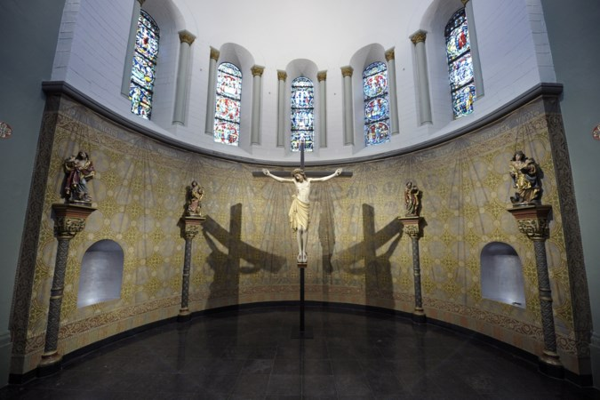 Heerlense Pancratiuskerk gaat avondklok inluiden door de eigen klok te laten luiden