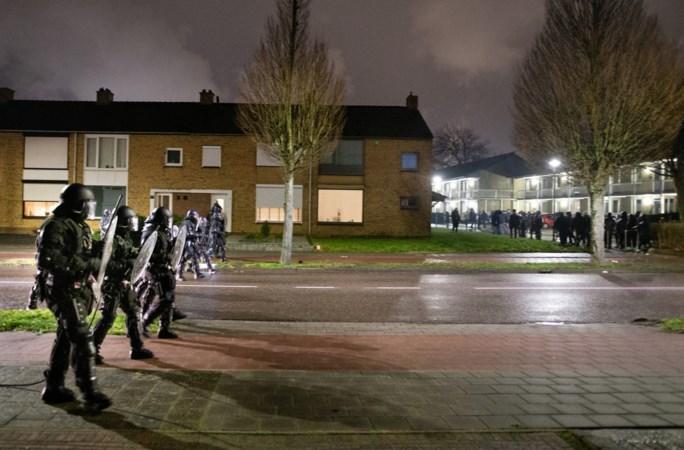 Burgemeester Stein: 'Dit zijn gewoon moedwillige rellen, aangesticht door raddraaiers'