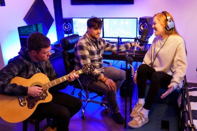Limburgse band Talkbøx wil met geluid en beeld plek op podium veroveren