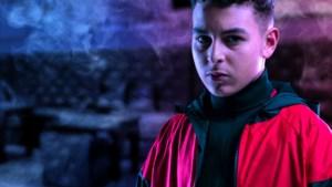 Filmrecensie 'Mocro Maffia: Komtgoed': piepjong ventje belandt op het verkeerde pad