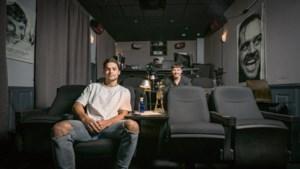 Acteur Thijs Boermans bevraagt acteurs naar hun werk en drijfveren in videocast 'The spotlight'