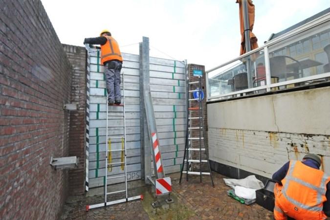 Waterschap houdt Limburgse dijken in de gaten nu Maas stijgt