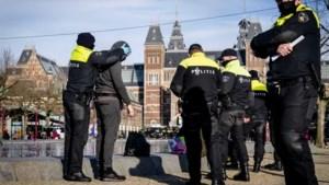 Dertig arrestaties bij demonstraties in Amsterdam