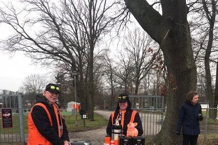 Venlosche Boys verkoopt zeshonderd wafels: 'Succesvolle actie'