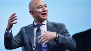 Topman Jeff Bezos doet stapje terug bij webwinkelconcern Amazon