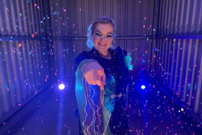 Claire uit Elsloo debuteert in LVK-finale, maar moet het podium en duizenden carnavalisten door corona missen
