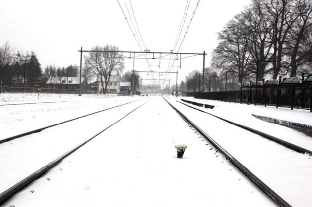 Treinen definitief plat, bussen rijden in deel Limburg niet meer