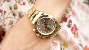 Bijstandsmoeder claimt gestolen Rolex bij verzekering en belandt op zwarte lijst