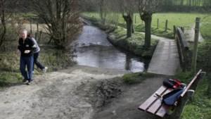 Gulpdal gaat bij dorpskern van Slenaken op de schop om kans op overstromingen in de toekomst te beperken