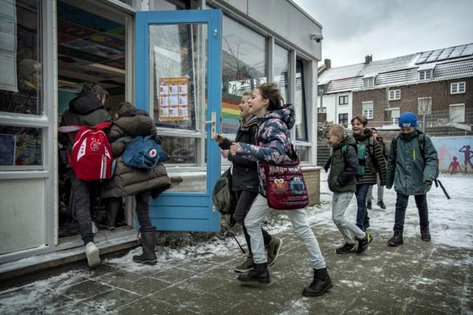 Kinderen na vijf weken weer terug op school: 'Alsof ze nooit zijn weggeweest'