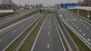Onverzekerd en te snel over Buitenring rijden leidt tot vier boetes en inbeslagname auto