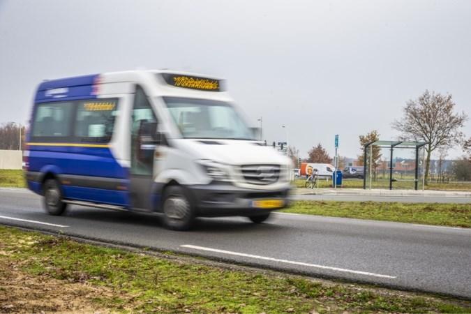 'Zelden gebruikte' shuttlebus verdwijnt, reizigers in Buggenum moeten straks 1,5 kilometer lopen naar de bushalte: 'Ondoenlijk'