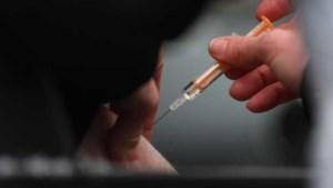 Britse premier: mogelijk vaker vaccineren vanwege coronavarianten