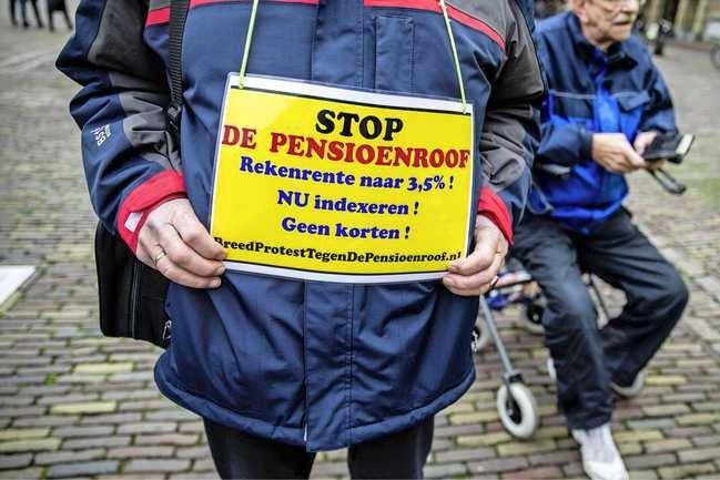 Bonden slaan alarm om pensioenen: snel regels versoepelen én meer AOW