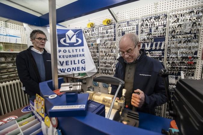 Slotenmaker Rob uit Geleen is blij dat Google sluwe en malafide slotenmakers aanpakt: klant werd opgelicht voor 1028 euro