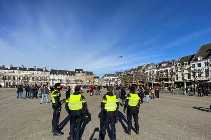 Politie maakt einde aan carnaval op Vrijthof