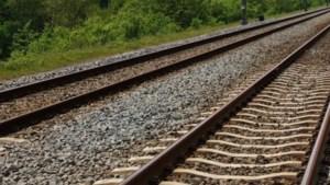 Prorail werkt aan het spoor in Susteren