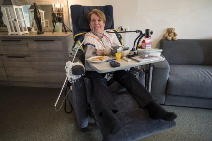 Astrid is tot haar nek verlamd én geeft haar leven een dikke acht: 'Ik kijk naar wat ik nog wel heb'