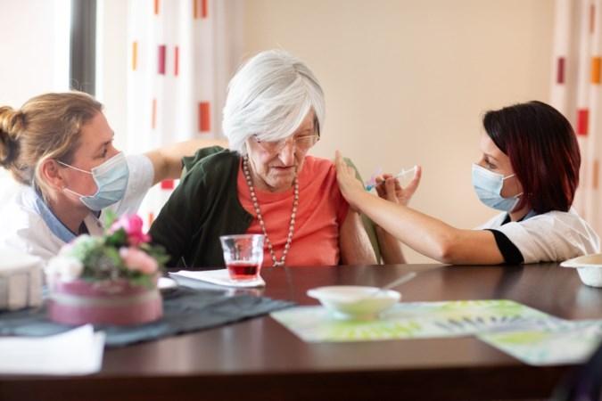 Verpleegzorg in Limburg prikt door, maar versoepelingen komen er nog niet