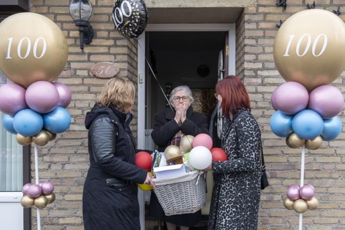 Oma Tilly wordt 100 jaar in coronatijd en wordt bedolven met kaartjes: 'We wilden dit moment niet voorbij laten gaan'