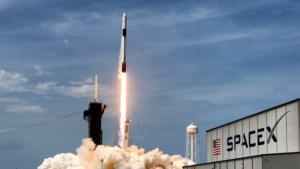 Ruimtevaartbedrijf SpaceX van Elon Musk haalt 850 miljoen dollar aan investeringen binnen