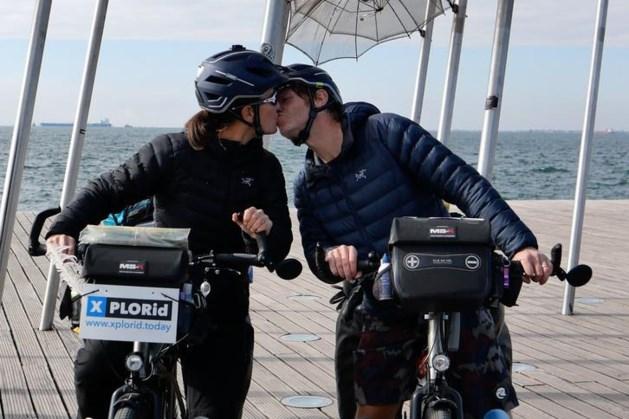 Samen per fiets de wereld rond zonder elkaar in de weg te zitten: hoe doe je dat?