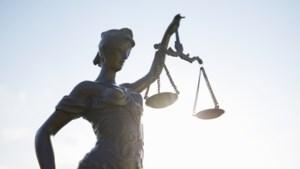 Drie jaar en tien maanden celstraf voor man uit Posterholt na dollemansrit en mishandeling met een bijl