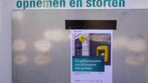 Geldstortautomaten worden weer geopend door banken