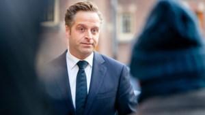 Commentaar: Uitglijder van minister Hugo de Jonge met mondkapje; je mag beter van hem verwachten