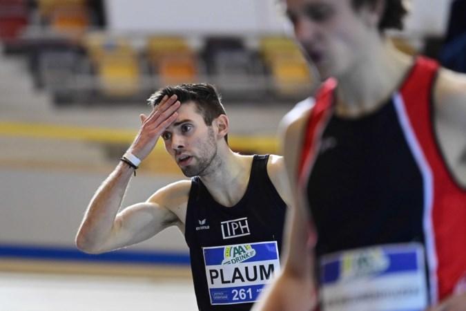 Maarten Plaum verliest plots gehoor in 800 meter-finale NK indoor en stapt duizelig uit