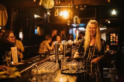 Uitbaatster Heerlens café Tess krijgt boete voor drinken van blikje cola voor haar zaak: 'Ik vecht die aan en lijst het papier in'