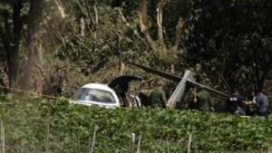 Mexicaans legervliegtuig stort neer: zes doden