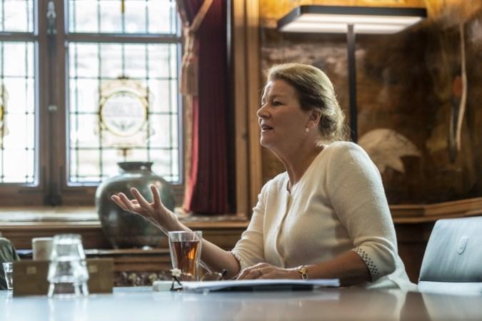Annemarie Penn kan nog twee jaar door als burgemeester Maastricht