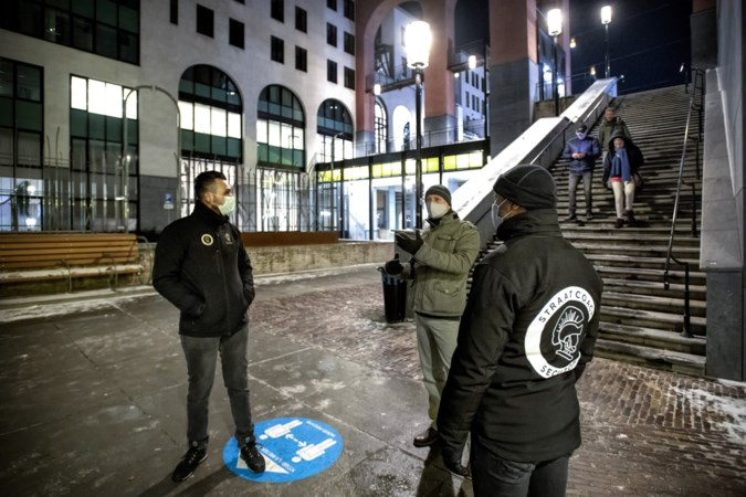 Een avond 'op stap' met Ilkay en Melvin, de ogen en oren rond het nieuwe stationsgebied van Heerlen