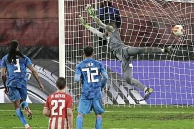 Late Griekse treffer verspert de weg van PSV naar laatste zestien Europa League
