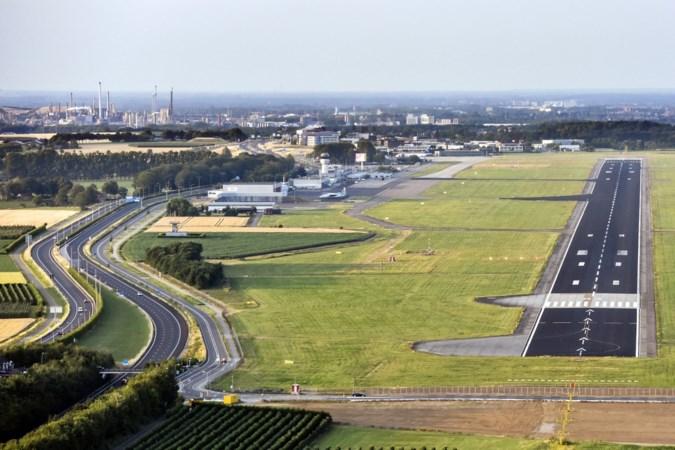 Opvallend geluid tijdens Statencommissie: 'Bij sluiting vliegveld neemt overlast boven Zuid-Limburg fors toe'