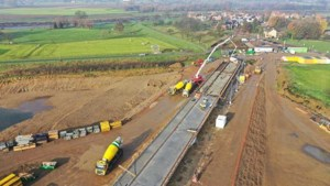 Hoogwaterbrug bij Maasband nadert voltooiing, naar een naam wordt nog gezocht