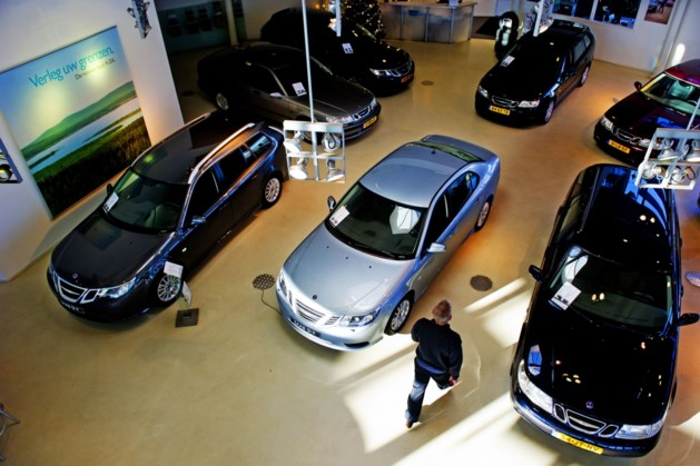 Verkoop nieuwe auto's blijft ver achter bij niveau voor coronacrisis