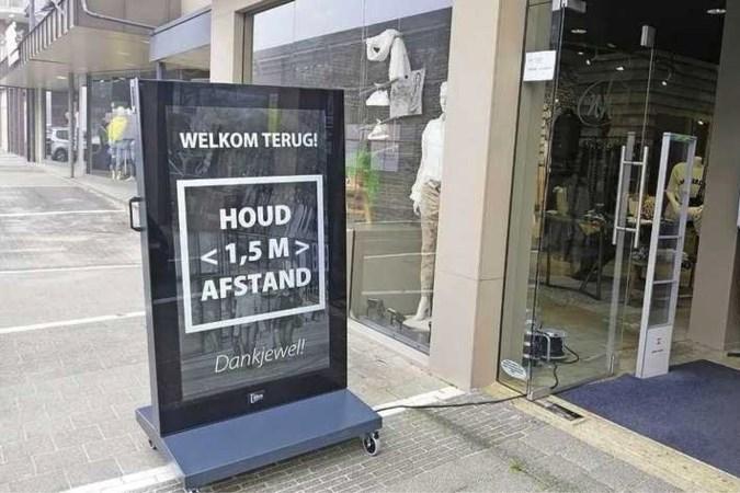 Winkels Klazienaveen na uurtje weer dicht: 'Politiek nu aan zet'